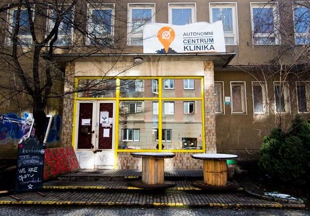 Výsledek obrázku pro Autonomní sociální centrum Klinika
