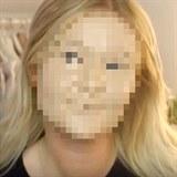 Bloggerka si na tvář nanesla 100 vrstev make-upu a stala se senzací! Jak vypadá?