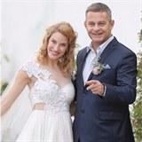 Obrázek Víme první: Režisér Filip Renč se tajně oženil. Jeho těhotná Maruška vypadala jako princezna!