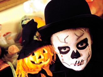 iDnes celebrates Halloween: describing this event in English