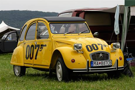 Citröen 2 CV 007 Bond