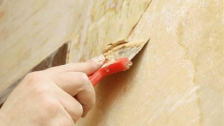 Jak oškrábat starou malbu
