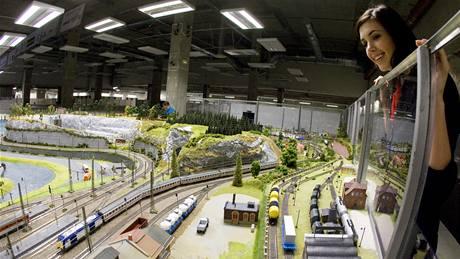 Na vıstavě modelové železnice v Království železnic v Praze byla otevřena část znázorňující model Ústeckého kraje.