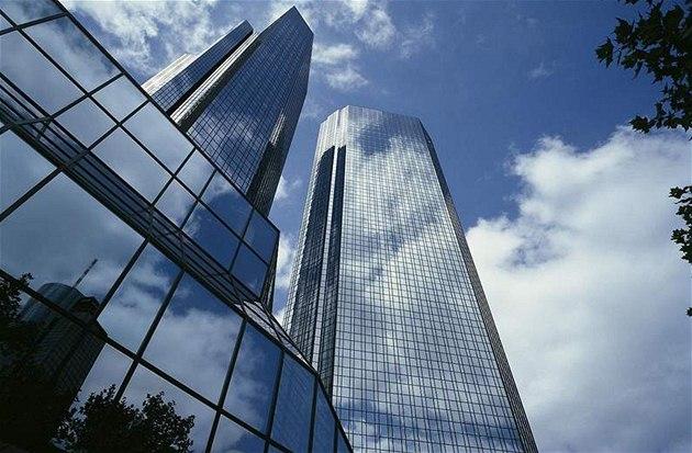 Centrála Deutsche Bank ve Frankfurtu nad Mohanem.