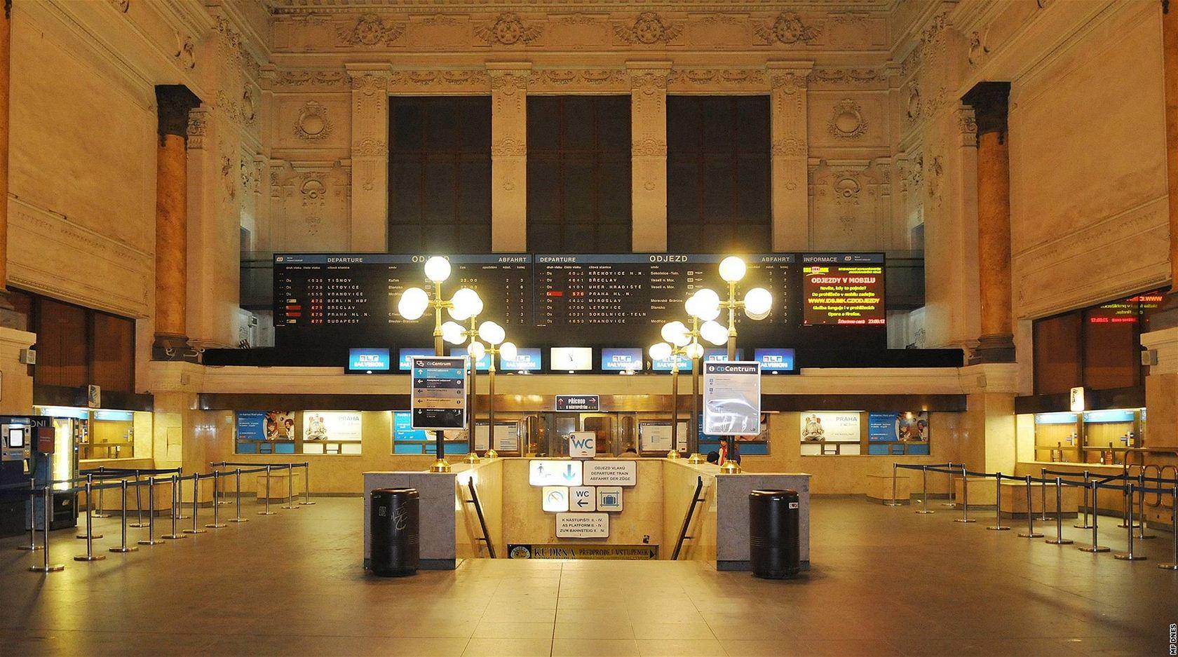Výsledek obrázku pro hlavní nádraží brno