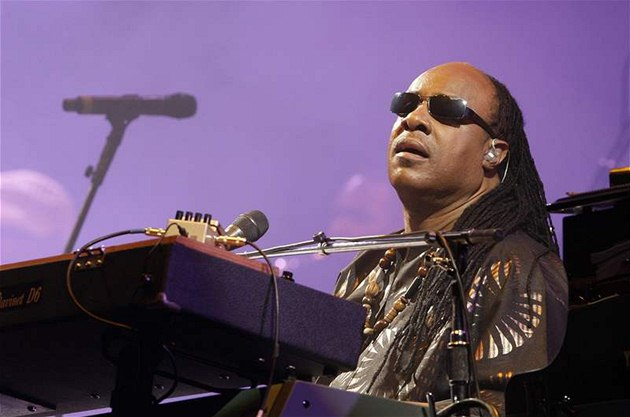 Glastonbury 2010: Stevie Wonder