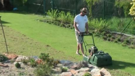 Jak na trávník