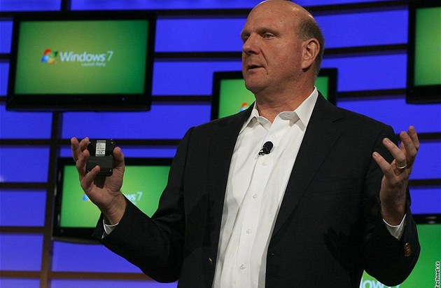Steve Ballmer uvádí Windows 7
