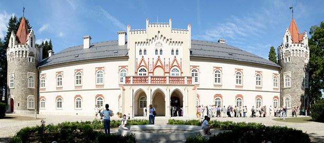 Картинки по запросу zamek heralec
