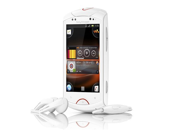 Sony Ericsson Walkman with Live
