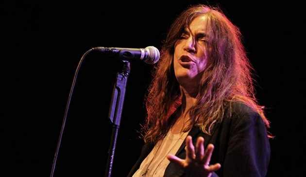 Patti Smith v divadle Archa