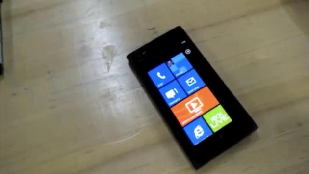 Nokia Lumia screen 900