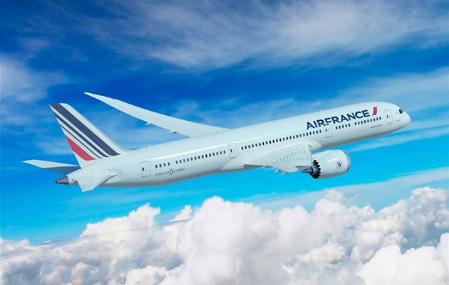 Air France kv�li stávce pilot� v pond�lí zru�í 60 procent let�.