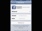 iOS 6 pro iPhone - novinkou je integrace Facebooku.