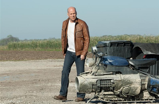 Bruce Willis ve filmu Looper