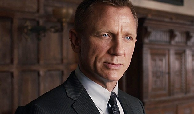 Daniel Craig jako agent 007 James Bond ve filmu Skyfall (2012)