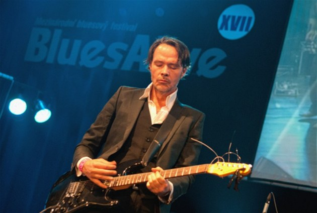 Blues Alive 2012 (Hugo Race)
