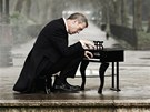 Hugh Laurie (z obalu alba Didn't It Rain)