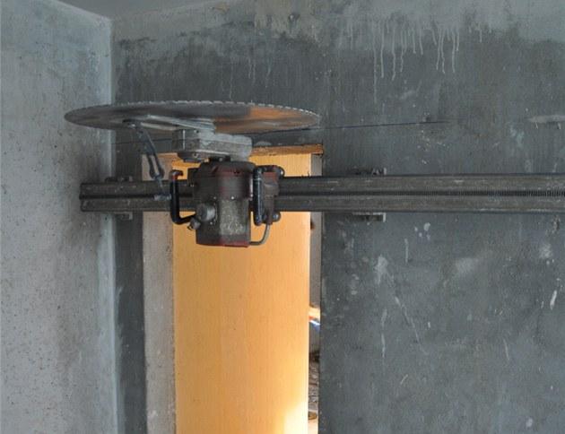 Bourání nosné zdi v paneláku