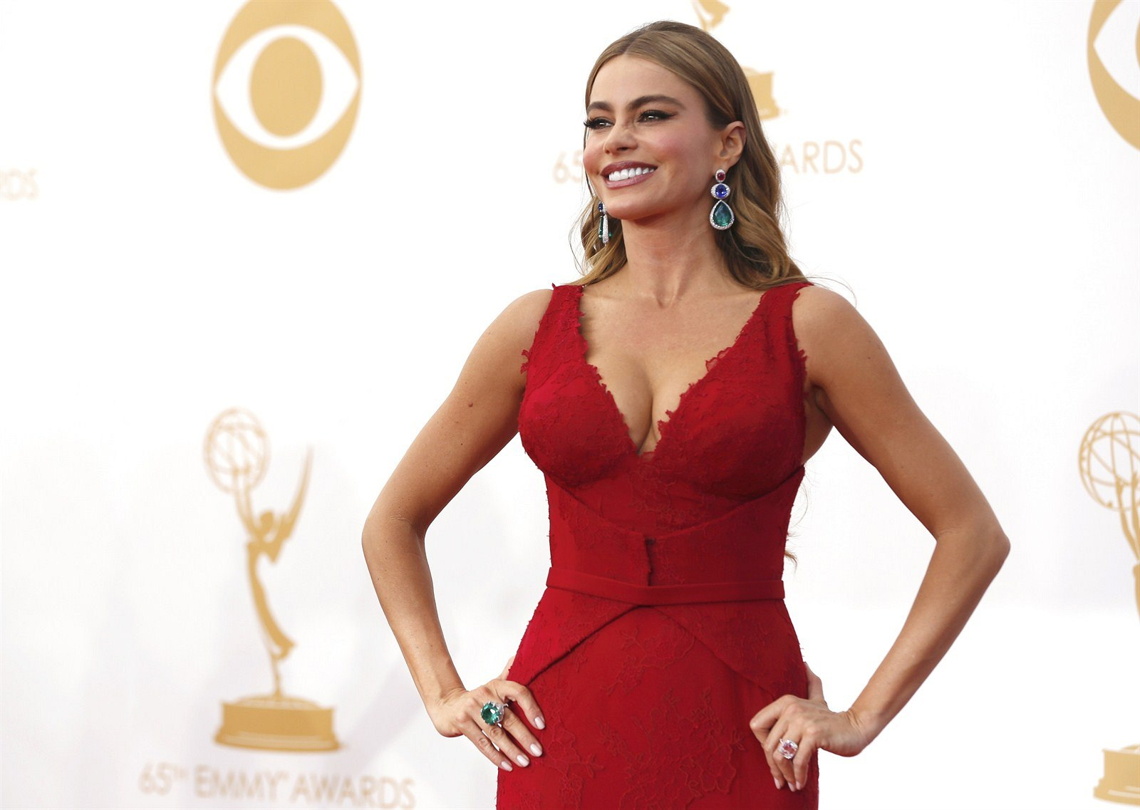Sofia Vergara na Emmy Awards (Los Angeles, 22. září 2013)
