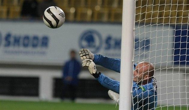 Le maître de Slavík: deux rounds, deux penalties