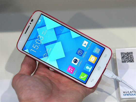 Alcatel One Touch Pop C7 na veletrhu CES v Las Vegas