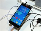 Alcatel One Touch Idol X+ na veletrhu CES v Las Vegas