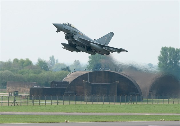 Britský Eurofighter Typhoon v Litvě
