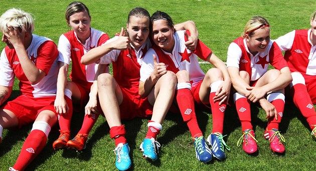 Slavia jalkapalloilijat tulivat Mestarien liigan kahdeksas kierros tiukka voitto