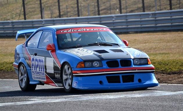 Závodní speciál BMW