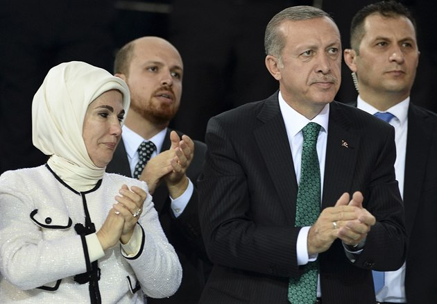 Zřekněte se antikoncepce a množte se, vyzval Erdogan muslimy (iDNES.cz)