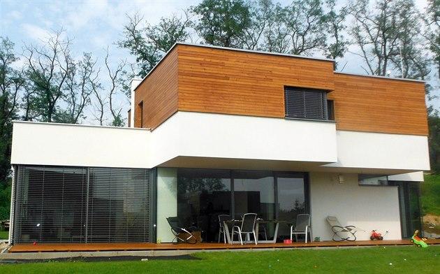 Cihlový dům nebo dřevostavba