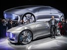 Mercedes F 015 Luxury in Motion a šéf automobilky Dieter Zetsche