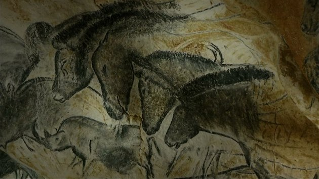 Starsi Nez Lascaux Praveke Jeskyni Postavili Repliku Za 1 5