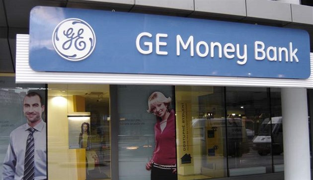 GE Money Bank se přejmenuje na Moneta Money.