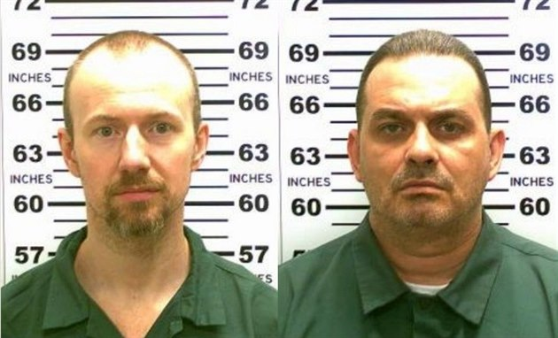 Uprchlí vězni David Sweat  a Richard Matt.