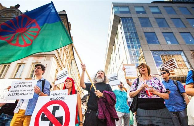 Český zpěvák se rozhovořil o sluníčkářích, novinářích a svém politickém zážitku