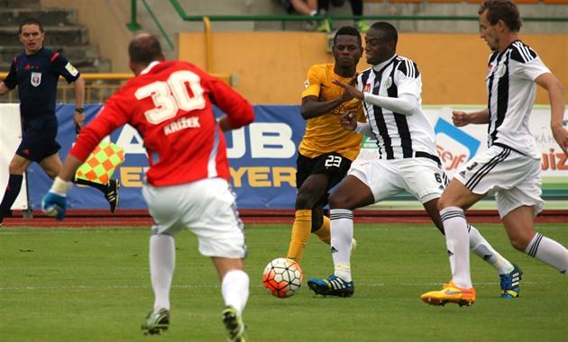 Hric gjorde Sokols två mål. Budějovice gjorde ett 1: 3-poäng till 3: 3