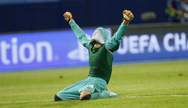 En främstaa stunt, jättar Croats efter att ha vunnit Dinamo över Arsenal