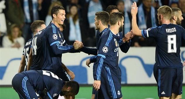 Manchester United-lagene slått poenget, Ronaldo tok Raul