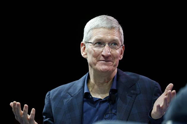 Tim Cook, sou�asný �editel firmy Apple