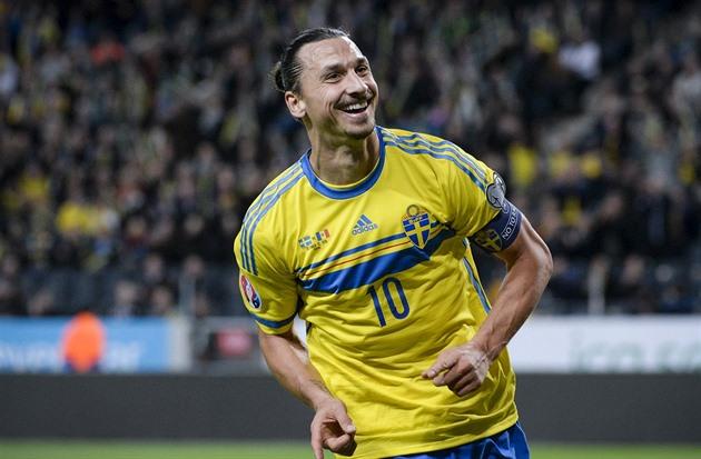 On liian myöhäistä siirtyä Englantiin, Ibrahimovic sanoi. Onko hän Beckham?