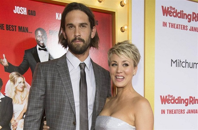 Kaley Cuoco a Ryan Sweeting (Hollywood, 6. ledna 2015)