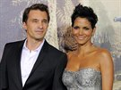 Olivier Martinez a Halle Berry (Los Angeles, 24. října 2012)