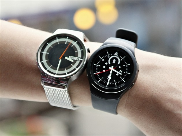 Huawei Watch a Samsung Gear S2