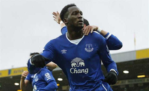 Chelsea était involontaire. Everton tire Lukaku un but après l'autre
