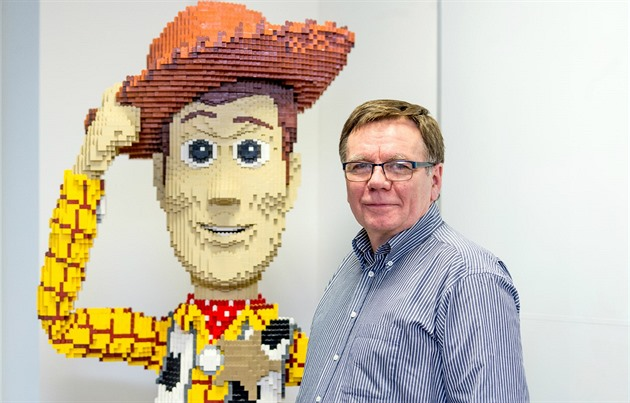 Michael McNulty, ředitel Lego Production v Kladně