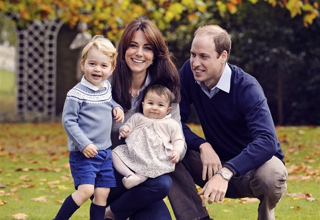 Princ William, jeho man�elka Kate a d�ti princ George a princezna Charlotte na...
