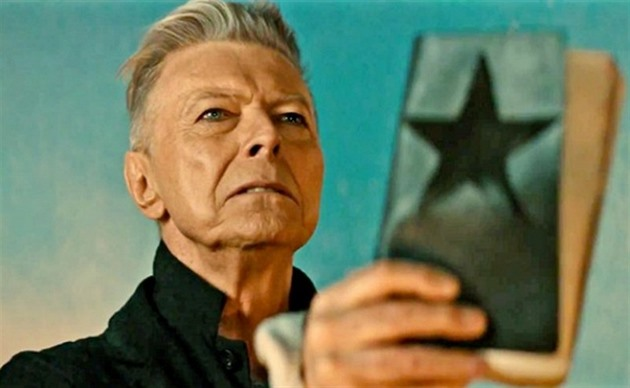 David Bowie ve videoklipu Blackstar