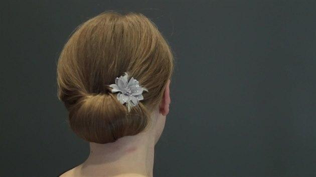 pomůcky na úpravu vlasů